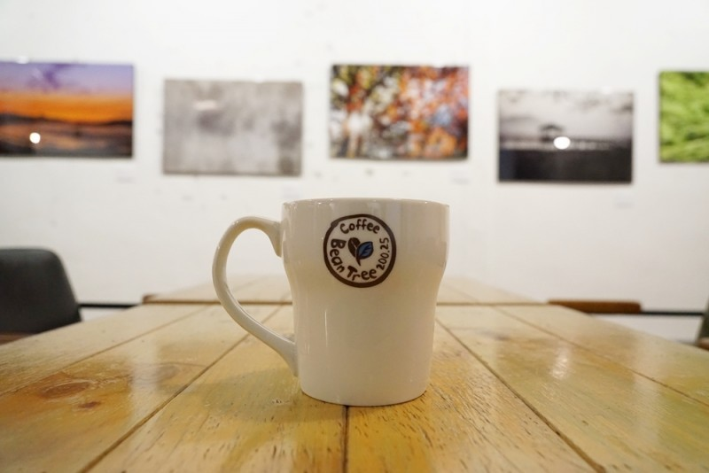 Photography-Art-Cafe-in-Seou-800x534