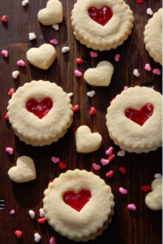 Red_He-alentines_Day_Cookies