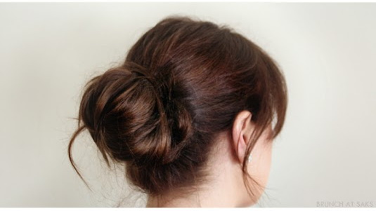 Sexy-Loose-Buns-For-Those-Lazy-Days