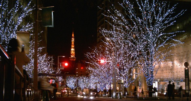 Best-Things-To-Do-In-Tokyo-December-wikipedia