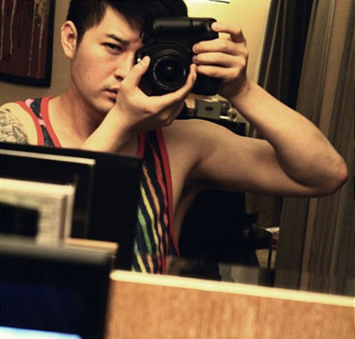 Random J pop (Photo) Shindong