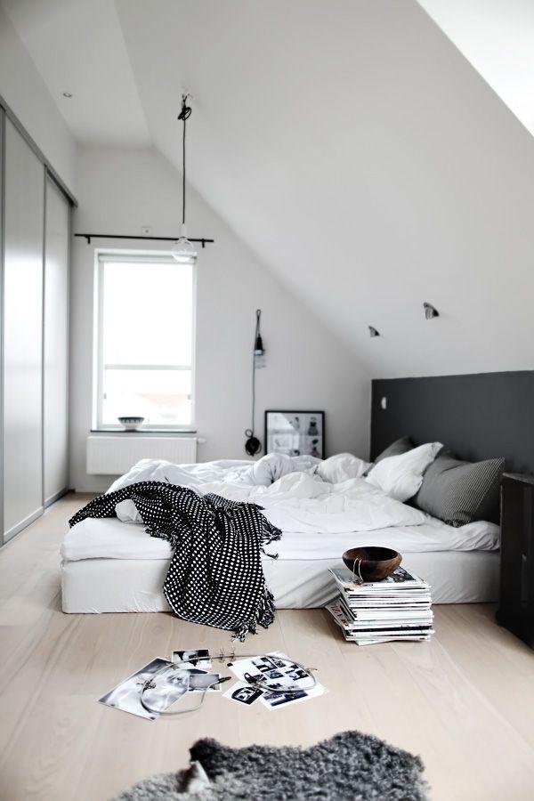 attic-nordic-bedroom-in-black-white-accents (1)