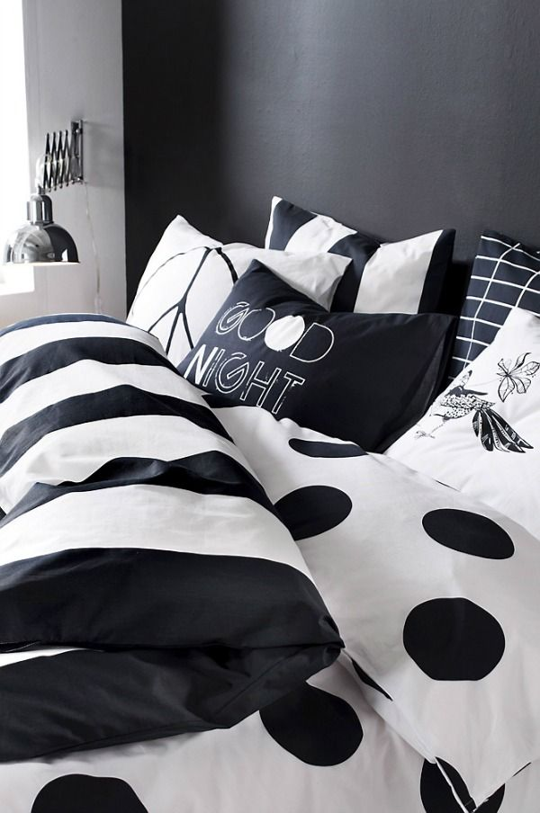 black-an-white-bedding