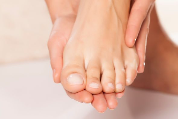 c_vladimirfloydistock-how-to-fix-heal-and-prevent-an-ingrown-toenail
