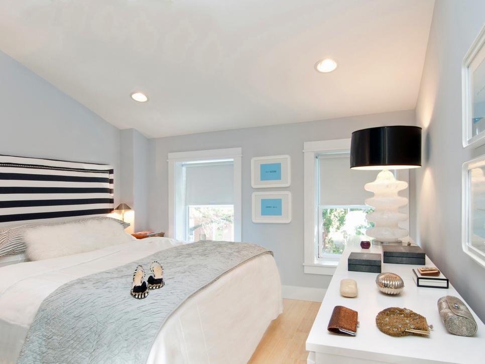 original_Michelle-Miller-white-black-bedroom-striped-headboard.jpg.rend.hgtvcom.966.725