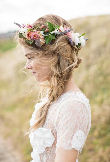 braided-hairstyles-flower-crown-side-braid-lovedale