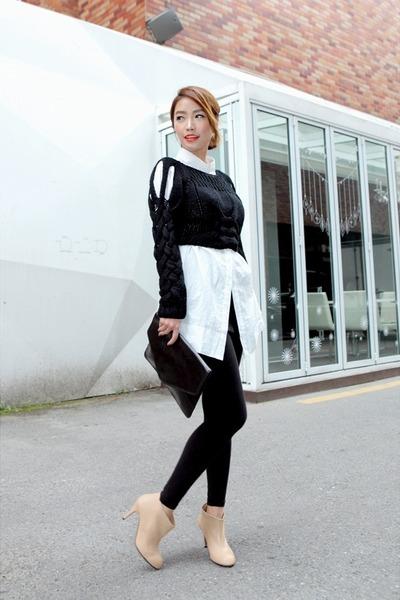 neutral-ankle-boots-black-forever-21-leggings-white-stylenanda-shirt_400