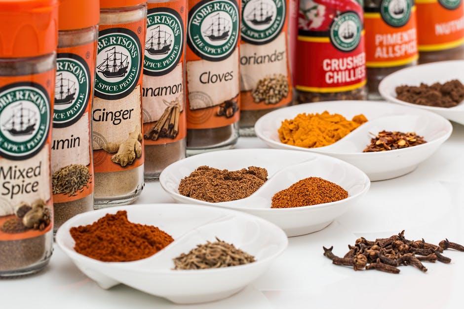 spices-flavorings-seasoning-food